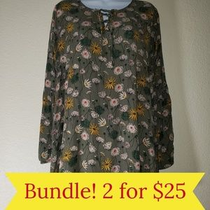 MOSSIMO Green Floral Crepe Blouse Bell Sleeve M